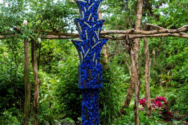 AAA Spiky Palm Column in Mosiac Blue